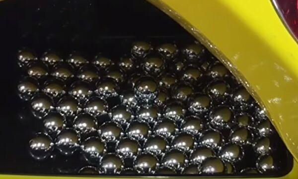 パチンコ玉の画像